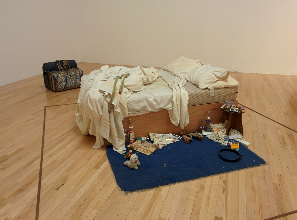 tracy bed